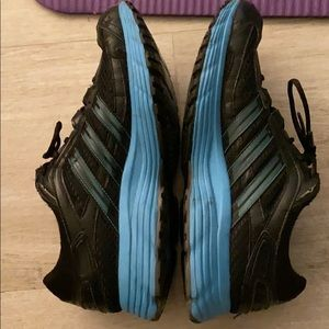Size 9 Adidas sneakers